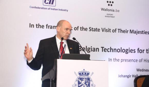 Presentation by Mr. Johan Potargent, CEO, AMS Belgium
